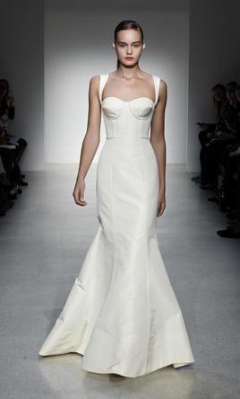 071eb39e26d Amsale Nolita 8 find it for sale on PreOwnedWeddingDresses.com Used Wedding  Dresses