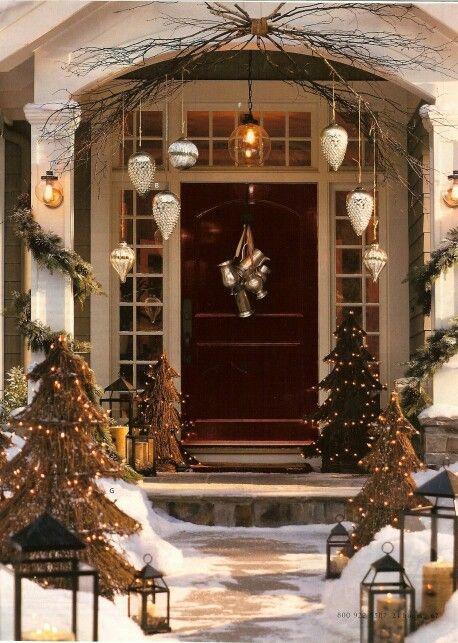 Simple, elegant front door Holidays Pinterest Front doors - christmas decors
