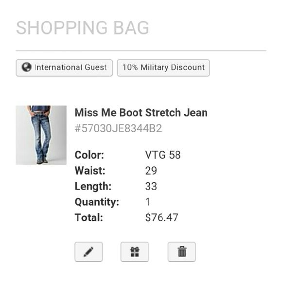 @jessidawn @jessidawn , they do have them in stock online @buckle , but only the size I selected Other