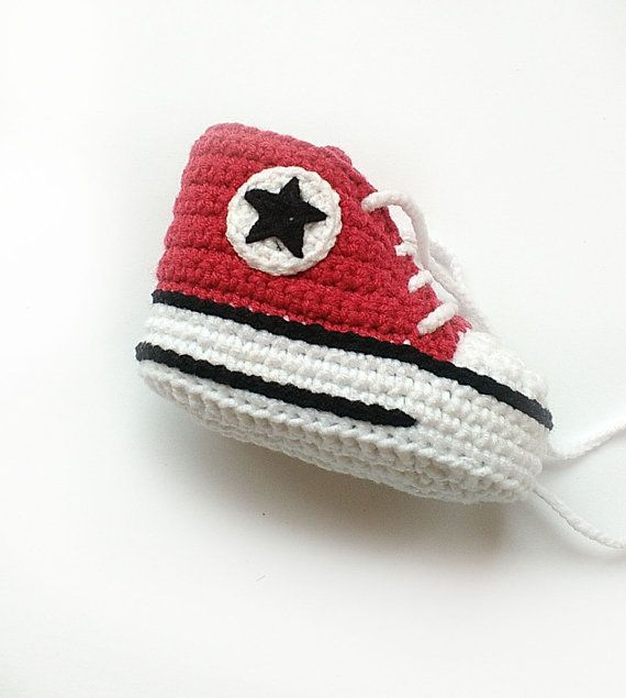 Red crochet shoes, Crochet Converse shoes, Crochet baby shoes ...