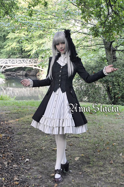 Ama Stacia Coat in Black