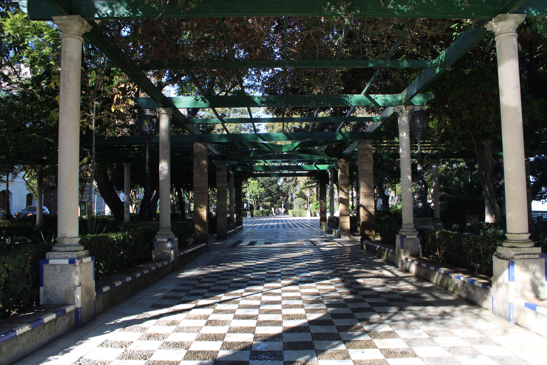 Alameda Apodaca y Marqués de Comillas de Cádiz