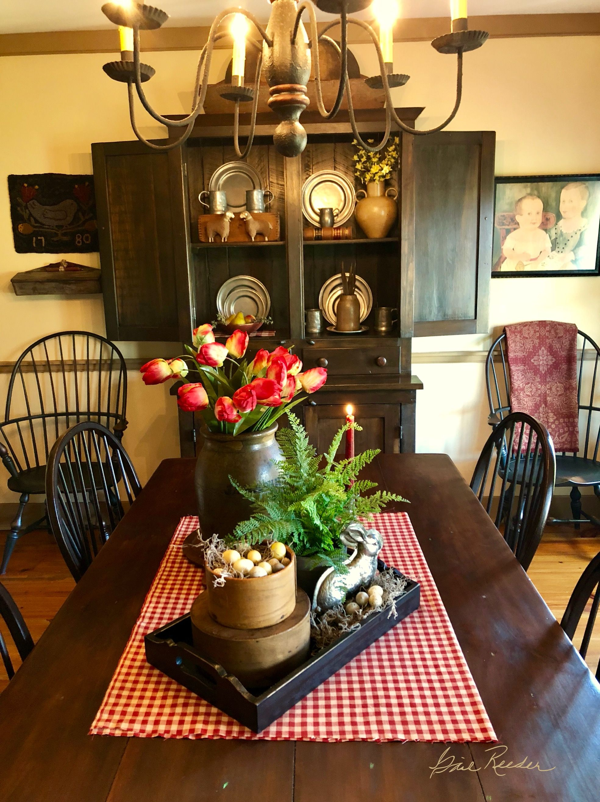 Love This Arrangement For Spring Easter Dining Room Table Centerpieces Primitive Dining Rooms Primitive Dining Room