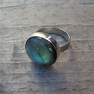 Labradorite Ring by McFarland Designs: Labradorite is a feldspar mineral, prized for the play of colors due to light refraction. #Labradorite #Minerals #Gems #Ring #McFarland_Designs