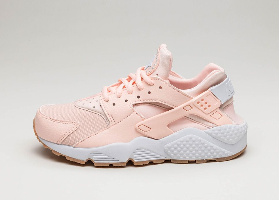 Nike Wmns Air Huarache Run (Sunset Tint / White – Gum Yellow)