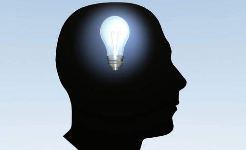 Oletko muita fiksumpi? 7 faktaa, joilla älykkäät erottuvat muista