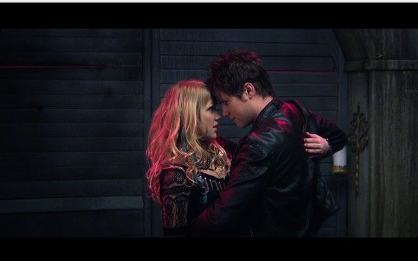 I Kissed a Vampire Pictures - Rotten Tomatoes