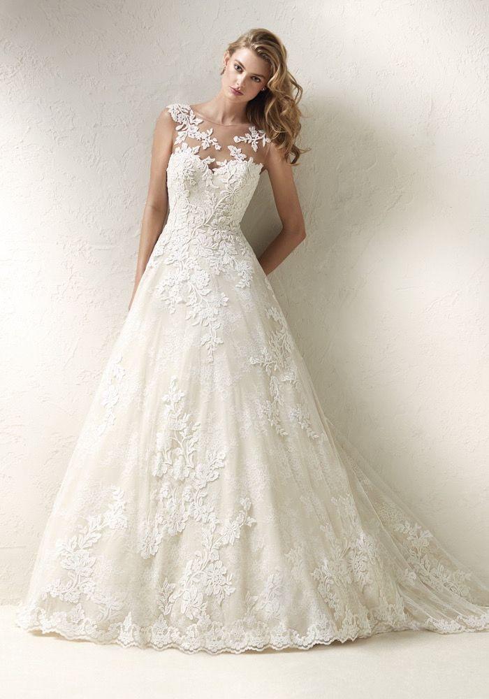 pronovias-2018-hong-kong-designer-princess-wedding-dress-01.jpg (700 ...