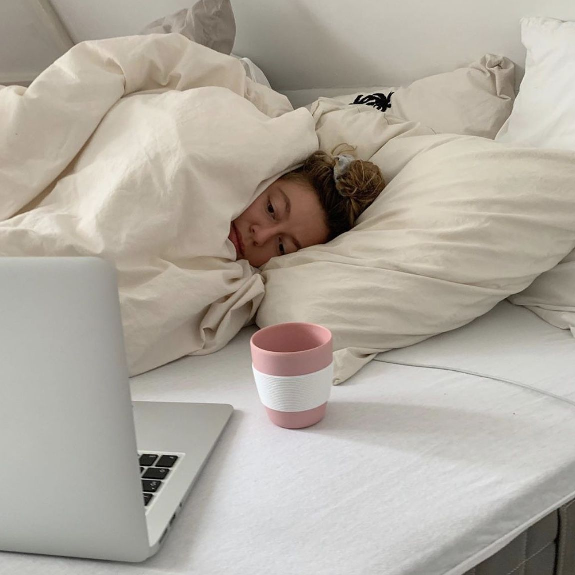 online classes be like in 2020 | Mood, Comfy cozy, Instagram inspiration