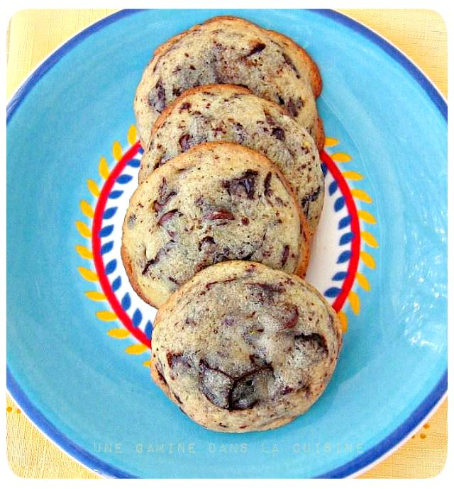 Cream Cheese-Chocolate Chip Cookies: I adore anything with cream cheese.