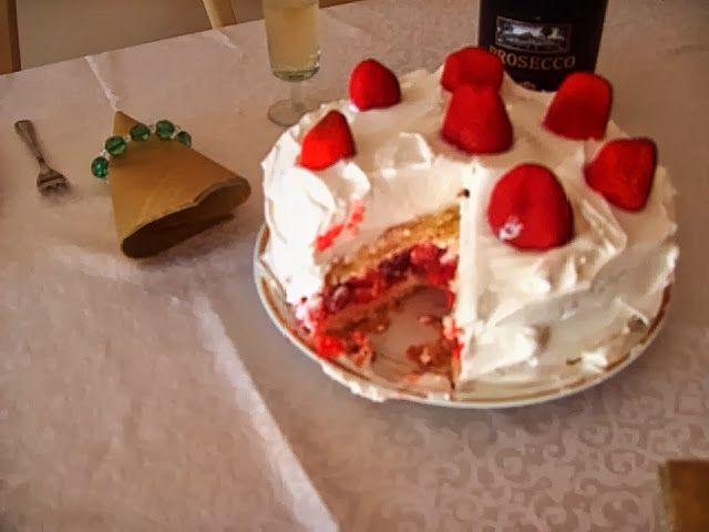 O de Opinar: Um único bolo em várias versões