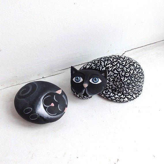 Dlouhá kočička