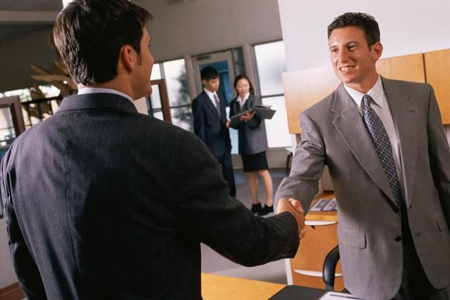 Tips for Answering Interview Questions About Leadership ...