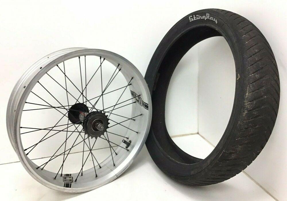 Schwinn Occ Chopper Stingray Bicycle Bike Rear Rim Wheel Tire 20 X 4 1 4 730 Schwinn Bicycle Bike Schwinn Occ Choppers