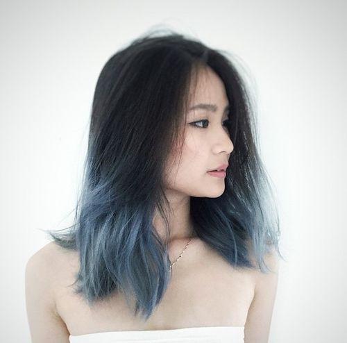 Black to grayish blue ombré hair