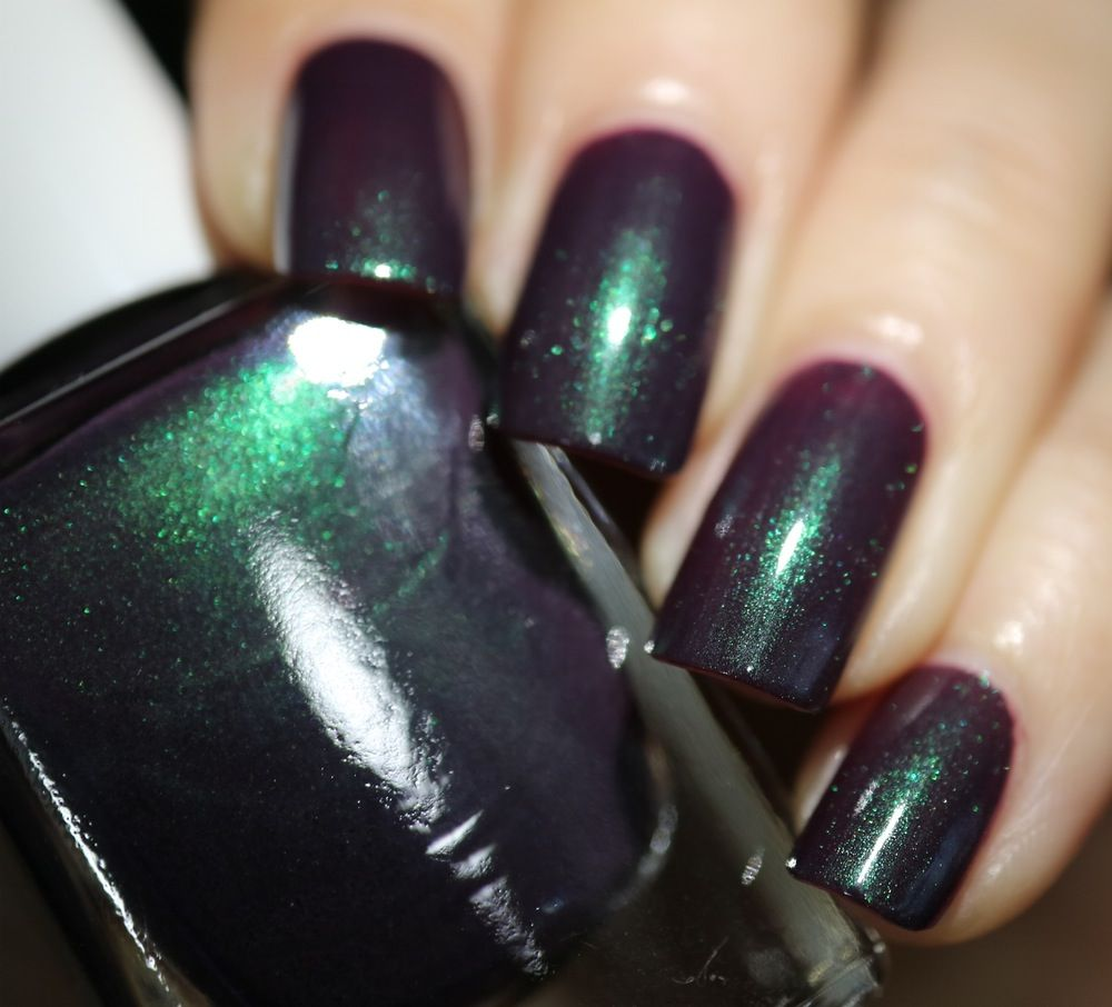 Berry Darkness: Dark purple with green shimmer. | Nail polish colors ...