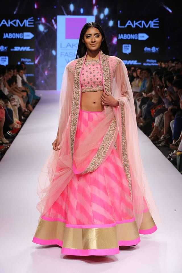 Crop-Top-And-Long-Skirt-Indian-Outfits-2015-For-Wedding.jpg (640×960 ...