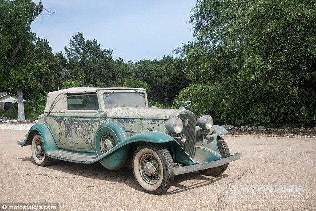 Five Perfectly Preserved Cars Worth 700 000 Found Inside Texas
