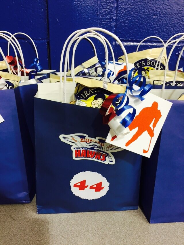 Hockey Tournament Swag Bags Made These Along With The Other Moms On My Sons Hockey Team For The Long Hockey Team Gifts Hockey Tournaments Hockey Player Gifts