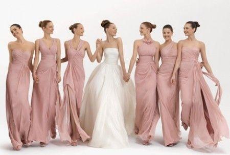 Damas En Color Rosa Claro O Pálido Vestidos De Damas De