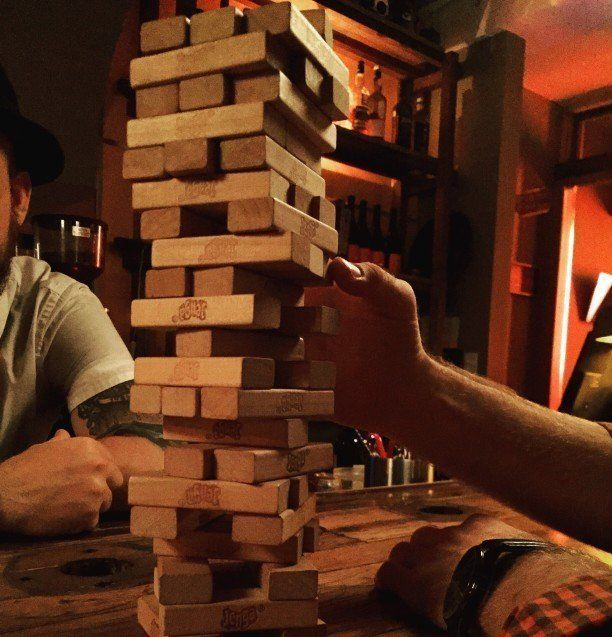 How to Play Jenga: The Ultimate Guide to Rules and ...