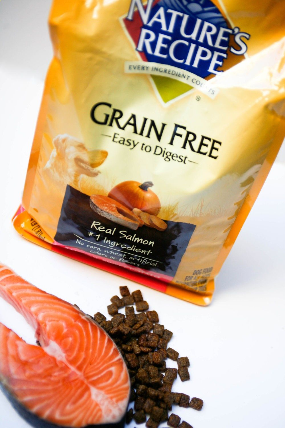 Maqs new fave natures recipe grain free salmon dog food