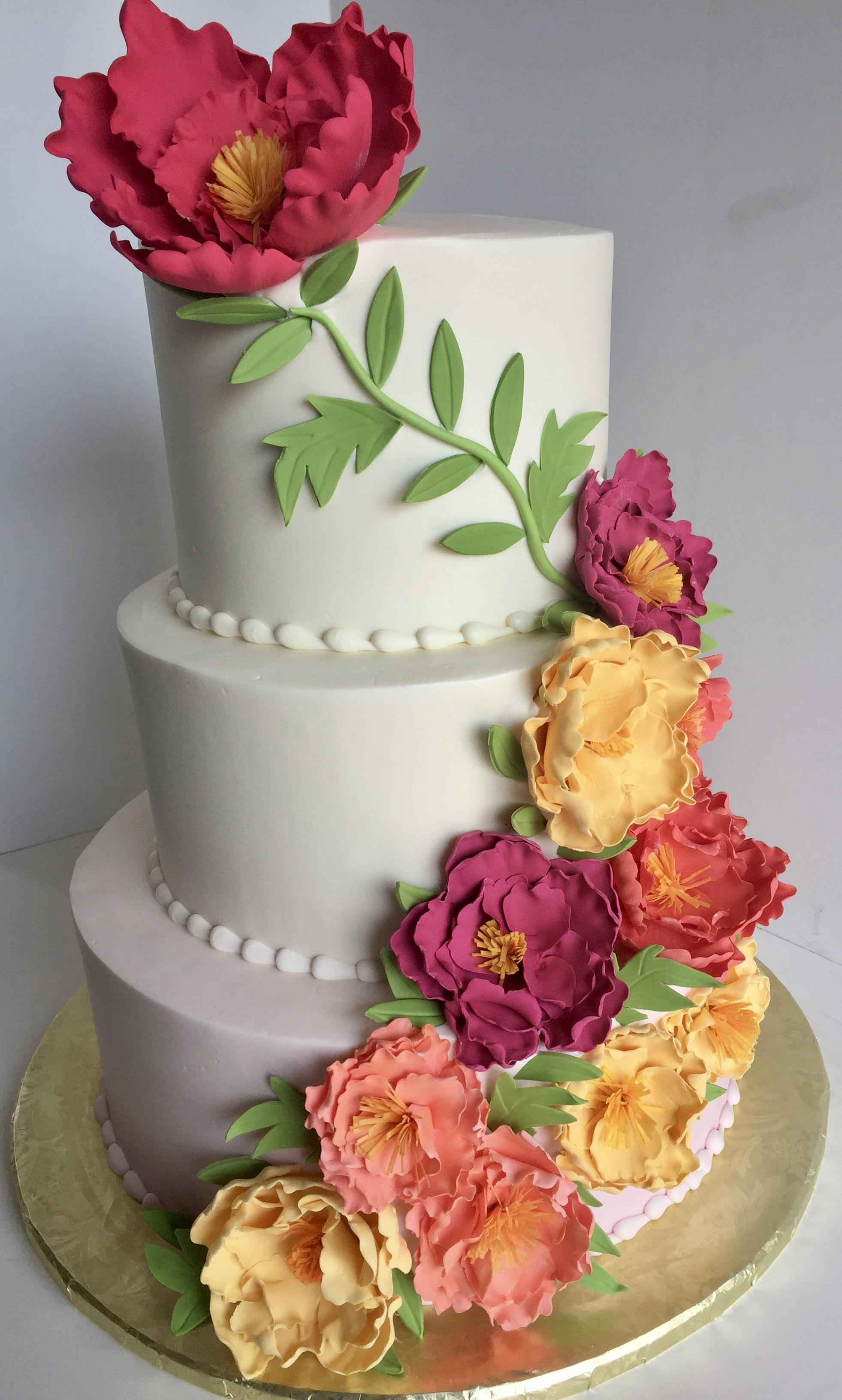 Pin by The Clovis Castle on Wedding Cakes & Cupcakes