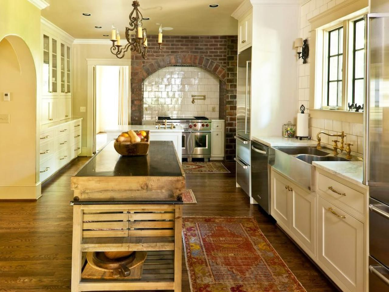 18 Awe Inspiring Minimalist Interior Grey Ideas French Country Kitchen Cabinets Country Style Kitchen French Country Kitchens