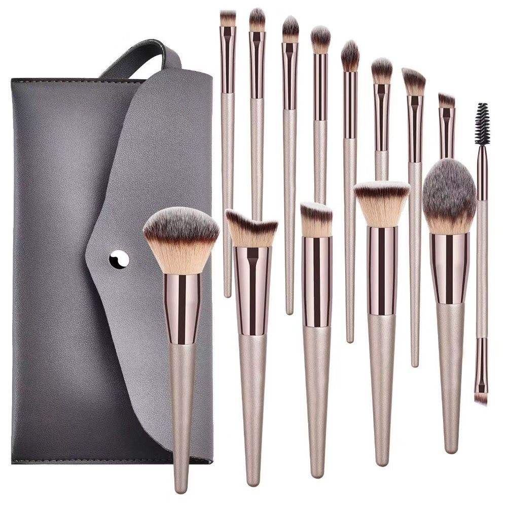 Makeup brushes set available wholesale in 2020 Makeup