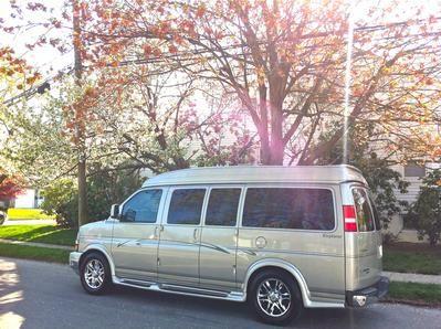 2008 Chevrolet Express 2wd Explorer Luxury Conversion Van Vans