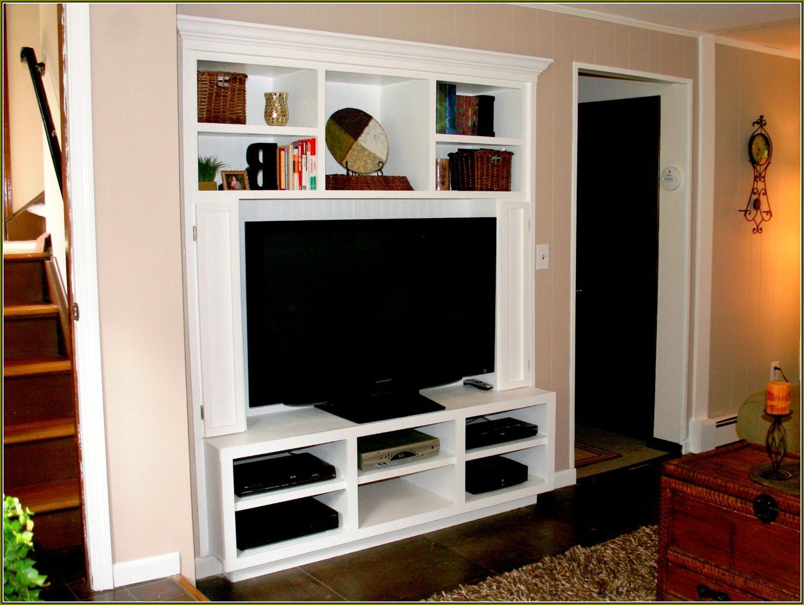28 Amazing Diy Tv Stand Ideas That You Can Build Right Now Zebaru Build A Closet Entertainment Center Wall Mount Entertainment Center