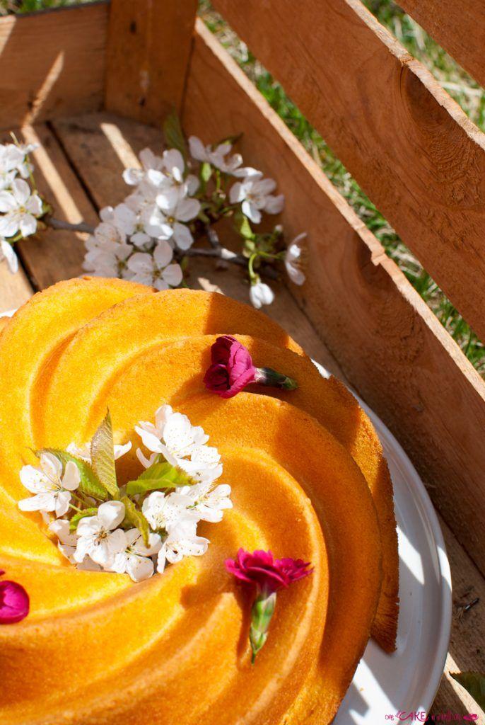 Ciambella alla panna e arancia _ Bundt cake with cream and orange
