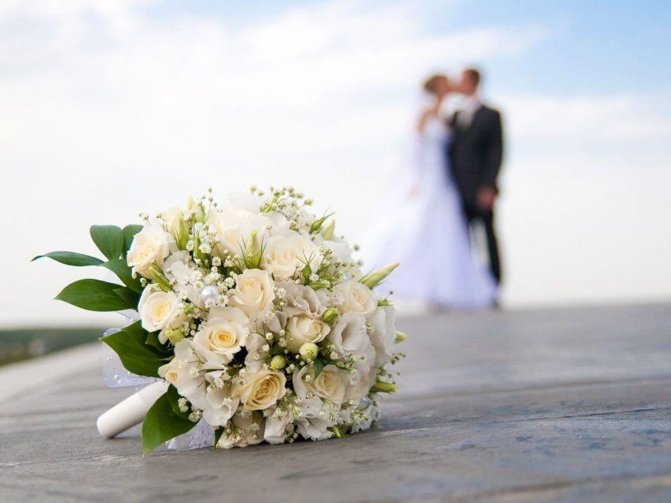 Bouquet Sposa Prezzi Matrimonio Con Rose Bianche Bouquet Matrimonio Matrimonio