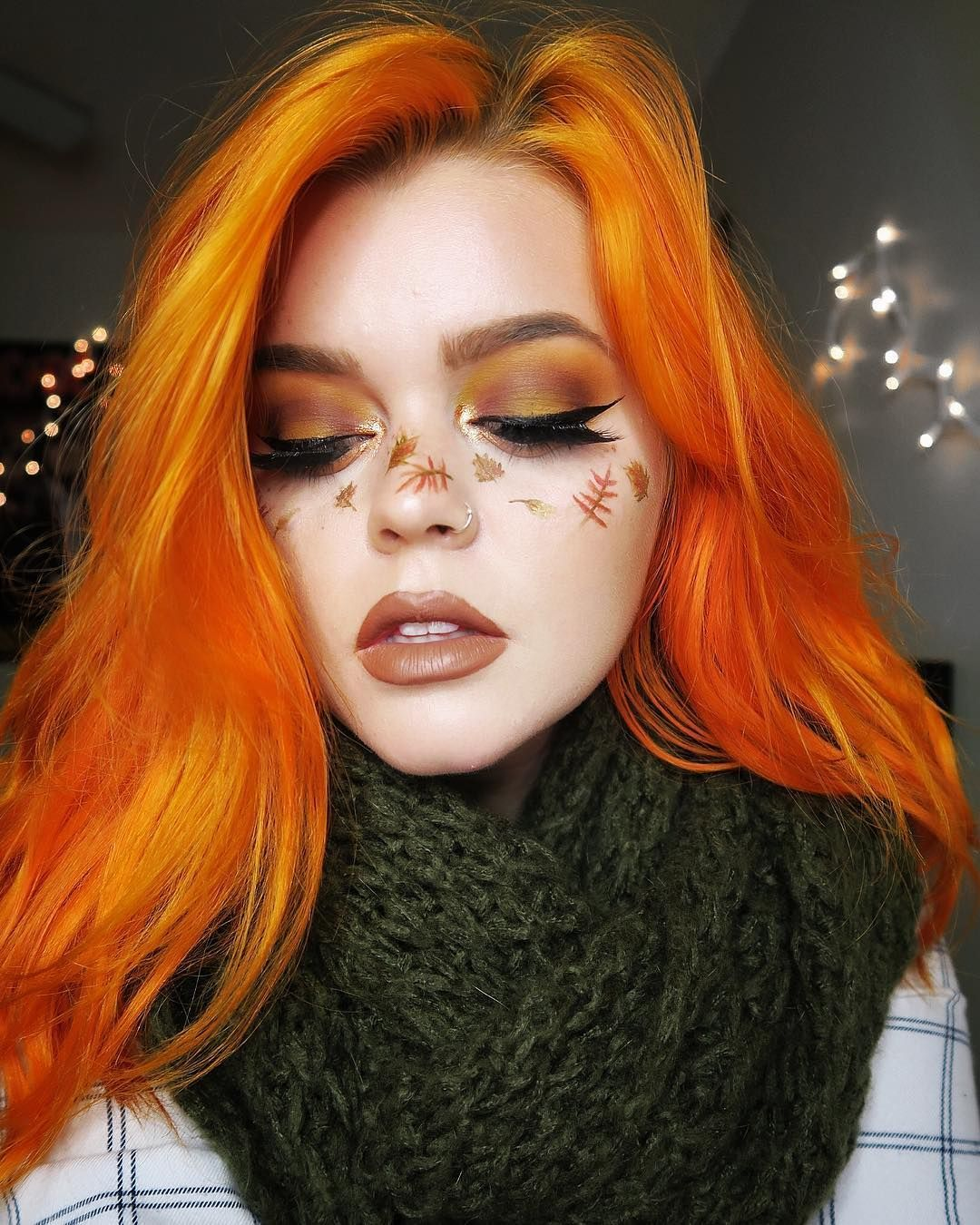 Check out these 30 edgy hair color ideas their makeup