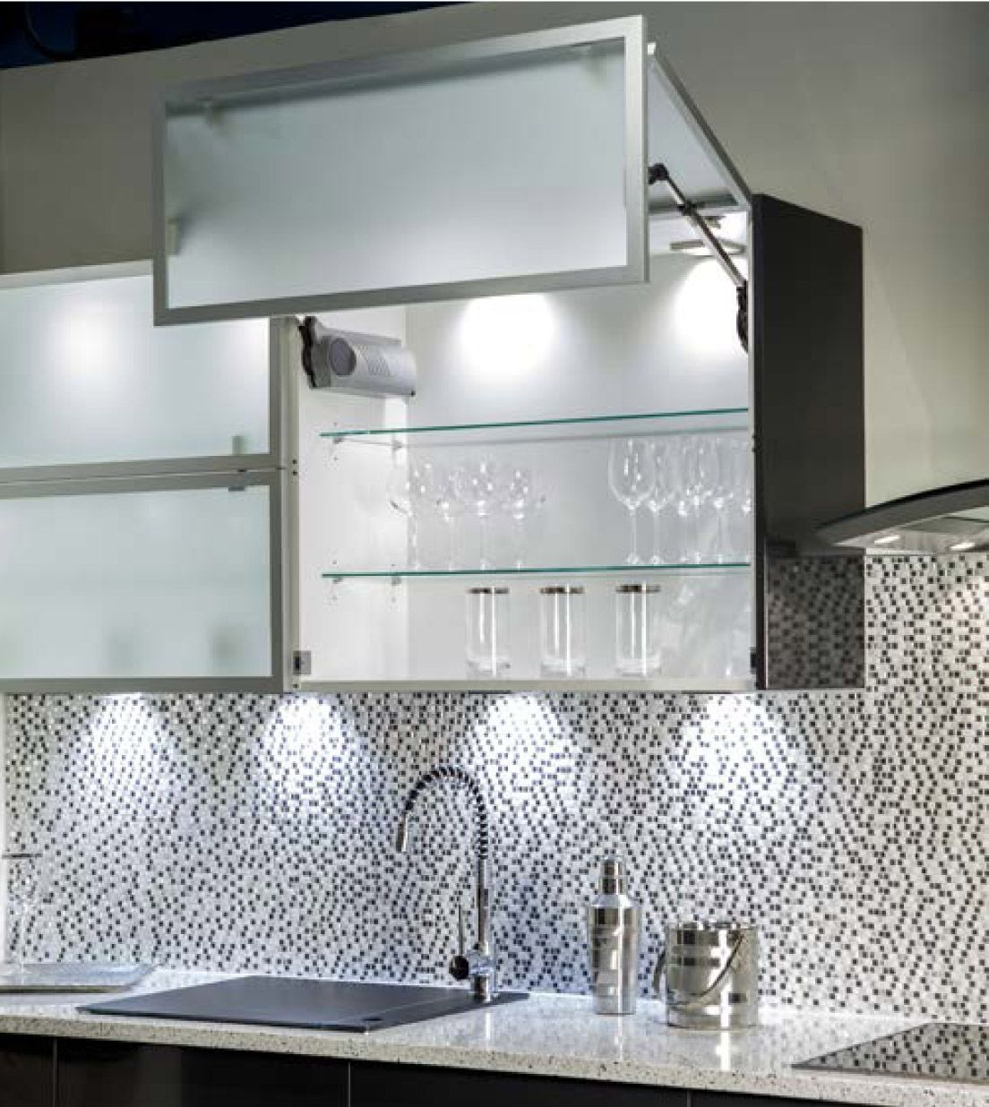 Hera lighting partnered with hans krug high end kitchens as their