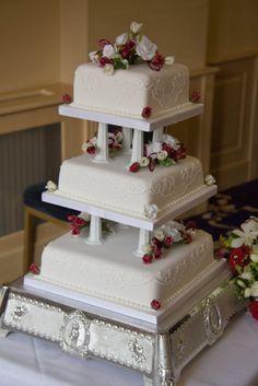 Resultado De Imagen Para Wedding Cakes With Pillars
