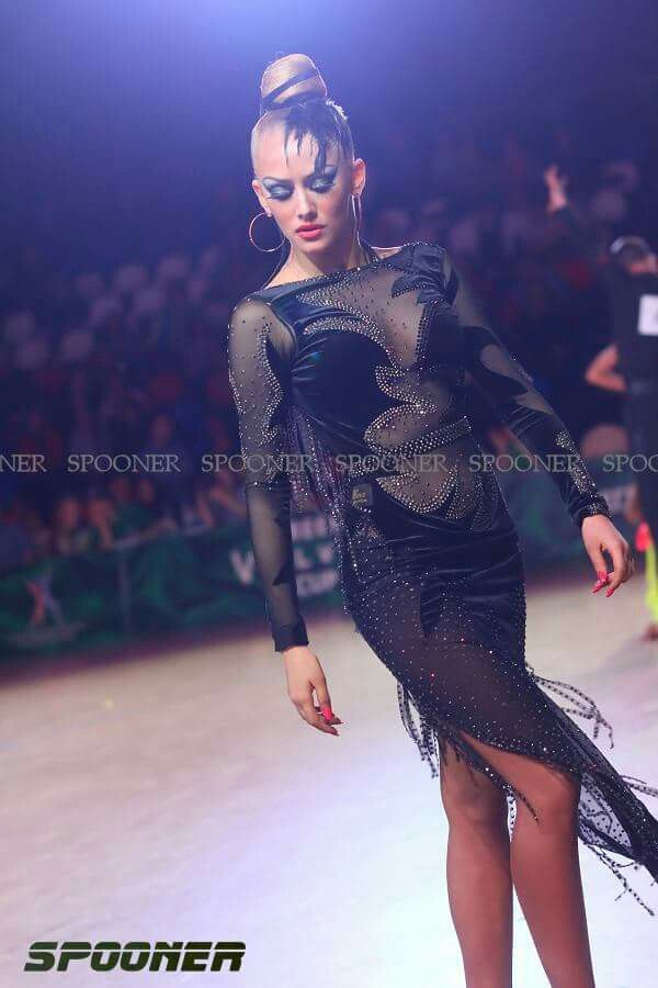 Pin de Rafi Ruiz Plata en Baile Latino vestidos | Pinterest ...