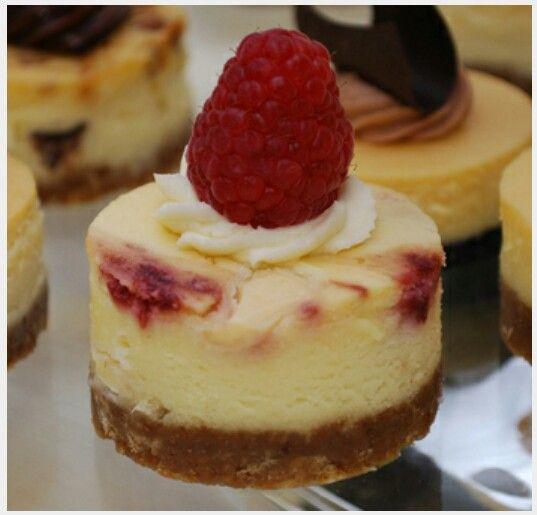 Mini Raspberry Cheesecakes - [http://buttercreamshop.com]