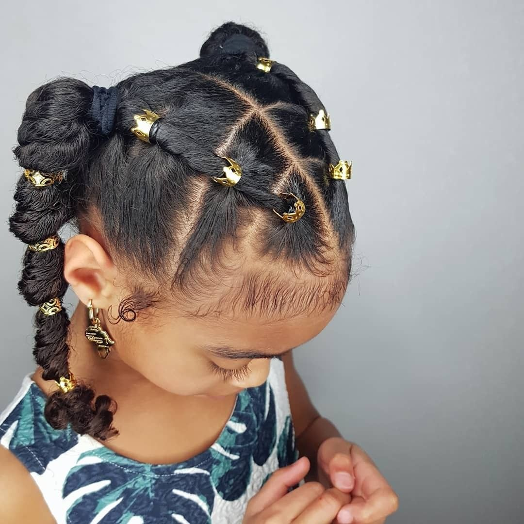 Fishtail Ponytails Hairstyle For Curly Little Girls Girls Natural Hairstyles Natural Hair Styles Kids Hairstyles