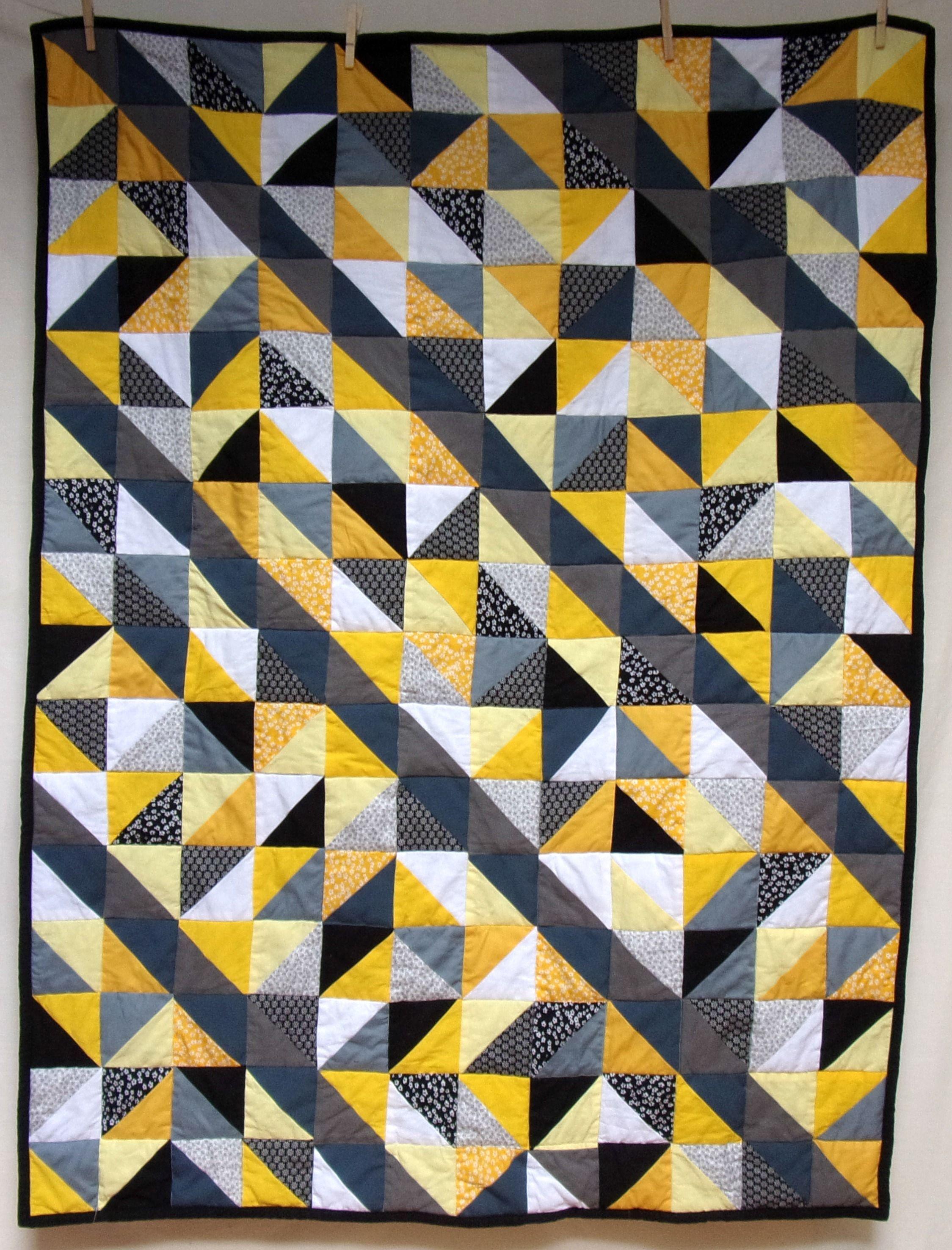 plaid patchwork jaune gris et noir d co graphique kicoud cr ations plaid patchwork. Black Bedroom Furniture Sets. Home Design Ideas