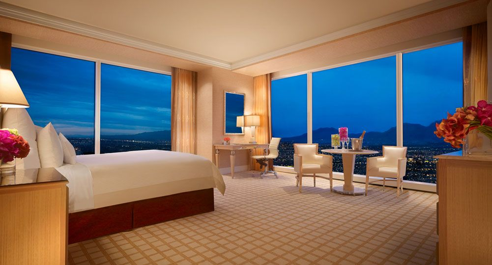 Wynn Deluxe Panoramic Corner Suite At Wynn Hotel Las Vegas With