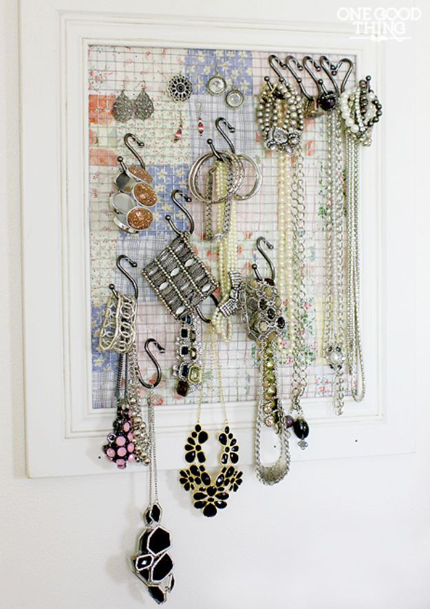 32 creative diy jewelry boxes and storage ideas jewelry storage 32 creative diy jewelry boxes and storage ideas jewelry storage organizing jewelry and diy jewelry box solutioingenieria Choice Image