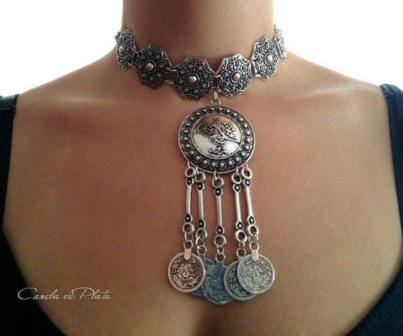 bac8ddd999a1 Collar tribal plateado antiguo. Collar bohemio. por CaneladePlata ...