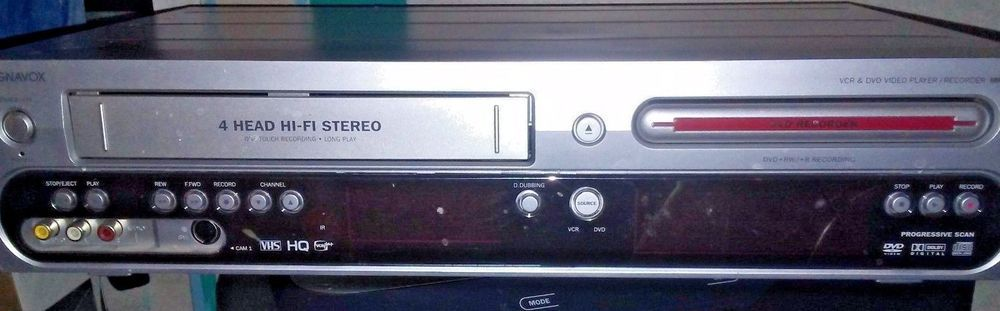 Magnavox MRV700VR/17 DVD VCR Combo Player & TV Tuner Philips