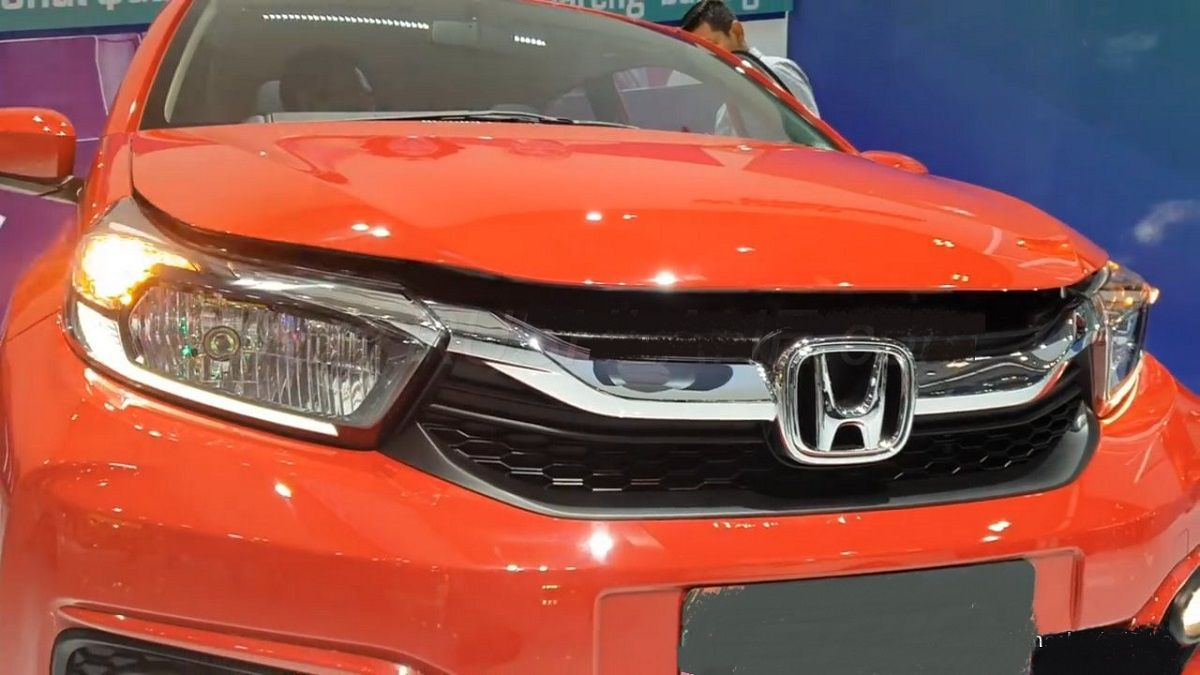 Refreshed Small City Car 2021 Honda Brio Is Coming In 2020 Honda Brio City Car New Cars