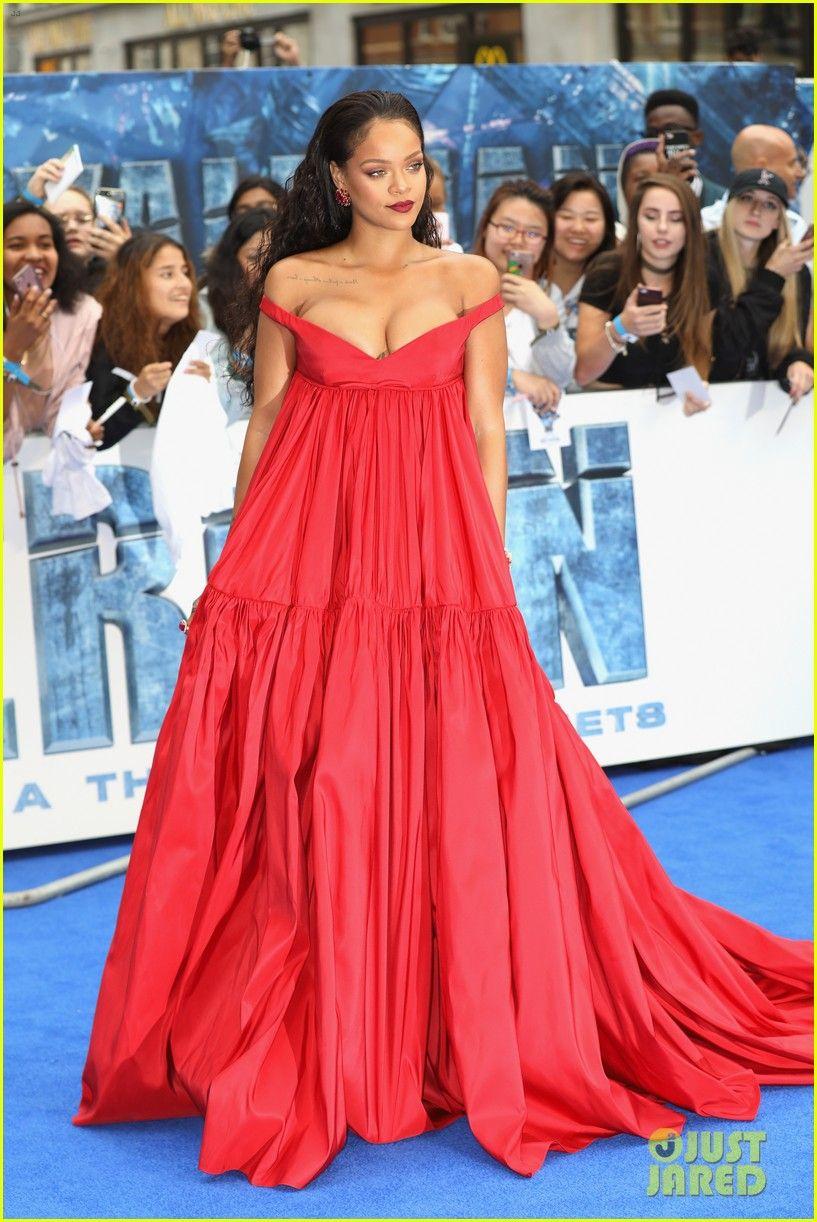 Rihanna in giambattista valli red carpet gowns pinterest