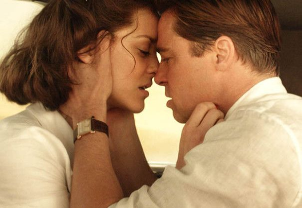 Allied Review Brad Pitt Marion Cotillard Turn Up Movie Star