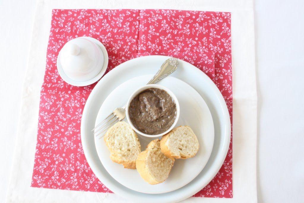 Tengo un horno y sé cómo usarlo | Recetas de cocina con fotos | Cocina paso a paso | Gastronomía |: CREMA DE ANCHOAS PARA UNTAR (ANCHOÏADE)