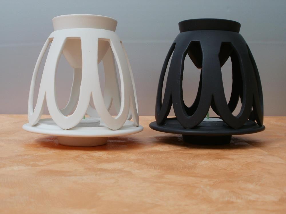Extravagante Duftlampe aus Keramik in besonderem Look.