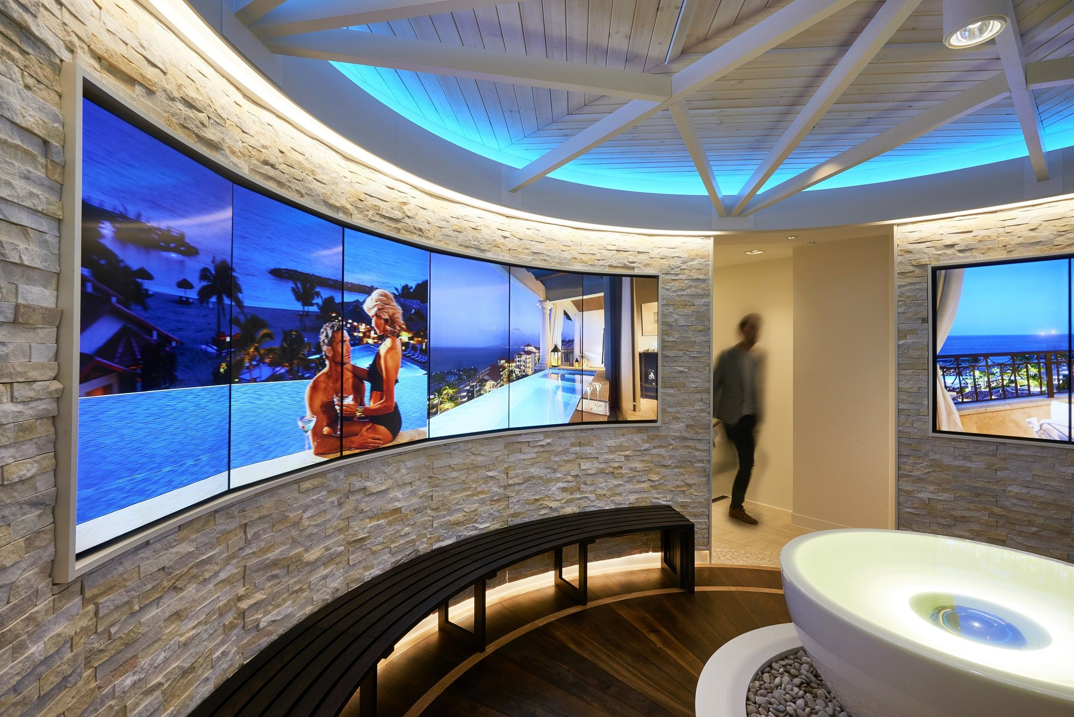Sandals Luxury Travel Store Fulham Road London Interior And